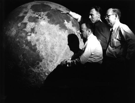 a research on space exploration and its contribution to american history From pioneering inventions to bold scientific and medical advancements, find out more about 11 innovations that changed the course of human history.